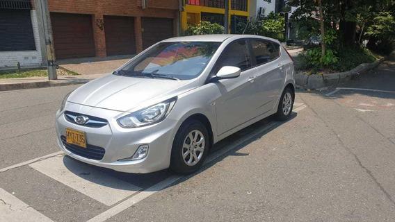 Hyundai I25 2014