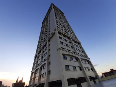 Apartamento 2 Quartos No Centro, Elevador, Garagem, Academia