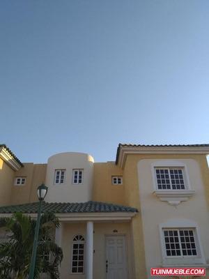 Townhouses En Venta At