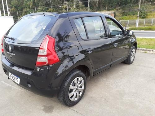Imagem 1 de 12 de Renault Sandero 2012 1.0 16v Expression Hi-flex 5p