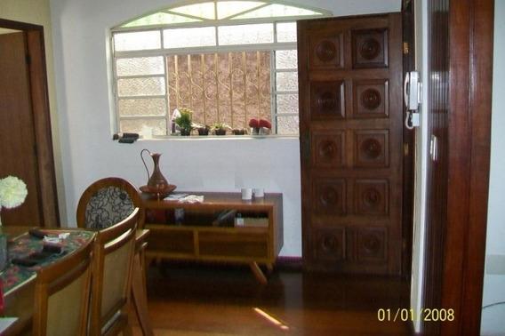 Casa Estilo Colonial 3 Quartos 4 Vagas De Garagem Bairro Santa Mônica - Asn1024
