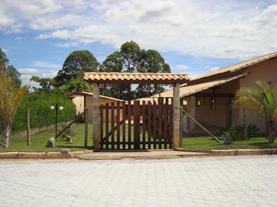 Casa Em Condomínio Com 3 Quartos Para Comprar No Cond. Aldeia Da Jaguara Em Jaboticatubas/mg - Blv3966