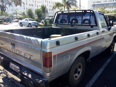 Caminhonete Chevrolet D20