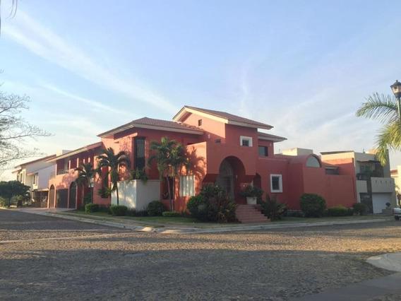 Casa Sola En Renta Se Renta Residencia Real Vista Hermosa Zona Dorada, Colima