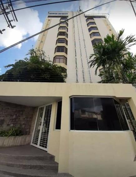 Apartamento En Alquiler La Soledad 0412-8887550