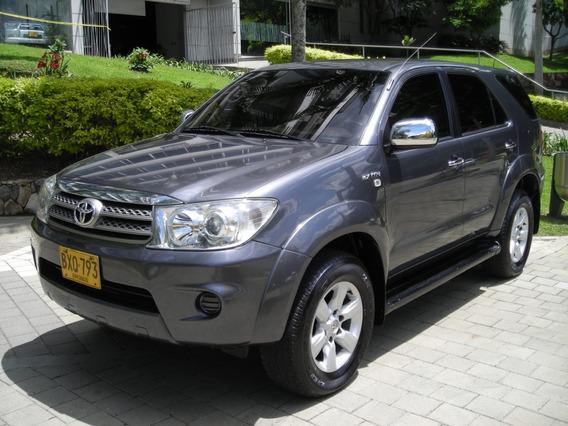 Toyota Fortuner 2.7 Urbana 2011 Automatico 4x2