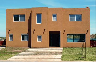 Casa En Barbarita 5 Ambientes 4 Baños D.directo N/temporar