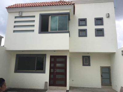 Se Vende Casa Nueva En Cacalomacan