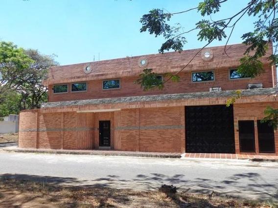 Casa Comercial Venta Codflex 19-17980 Ursula Pichardo
