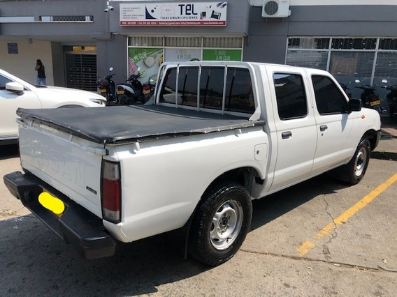 Nissan Frontier Np300 Doble Cabina 4x2