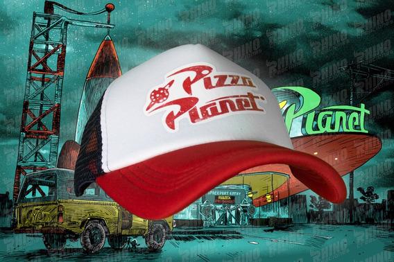 Gorra Pixar Pizza Planet Toy Story