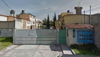 Casa Barata ! En La Magdalena Toluca Remate Banca $636,443