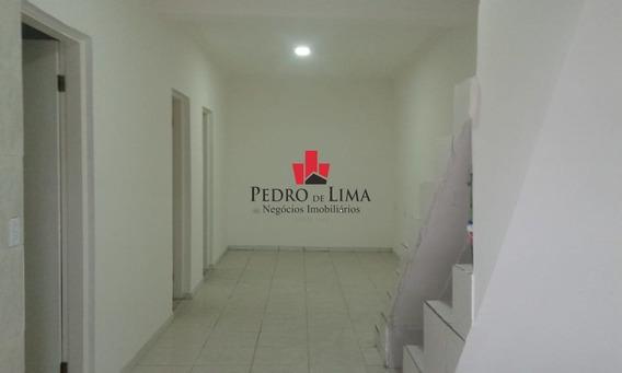 Casa Assobradada Com 3 Dormitórios Sendo 1 Suíte E Sem Vagas De Garagem, Em Penha. - Pe29818