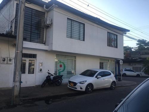 Se Arrienda Local  Barrio 7 De Agosto Enseguida De Colpensiones