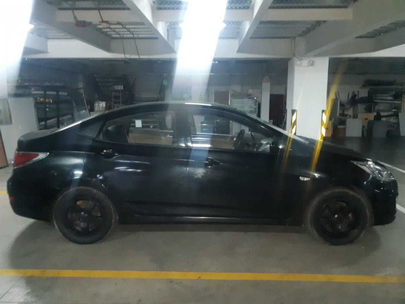 Hyundai Accent Semi Full