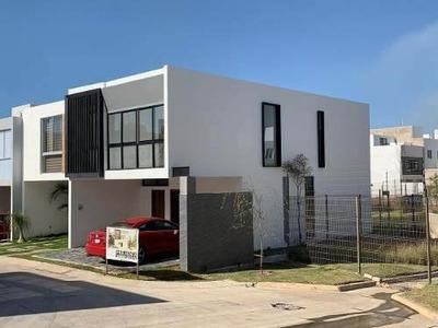 Casa En Venta En Capital Norte Coto Madeiras