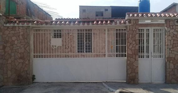Alquiler De Anexo En Guaruto Sta. Rita.