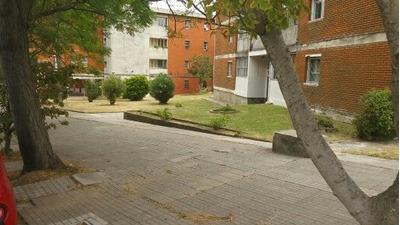 Apartamento 3 Dormitorios En Complejo De Viviendas