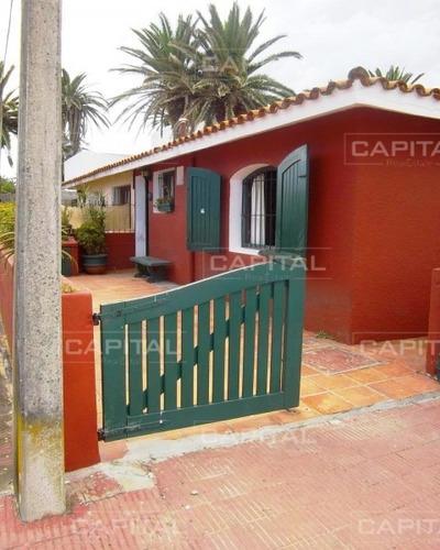 Casa En Venta Puerto De Punta Del Este- Ref: 24866