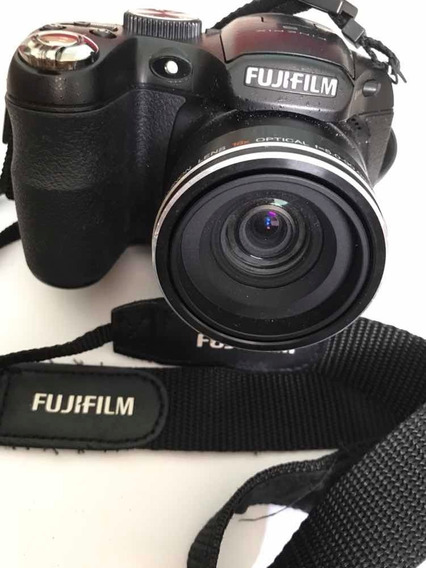 Câmera Fujifilm S1800 12 Mega Pixels