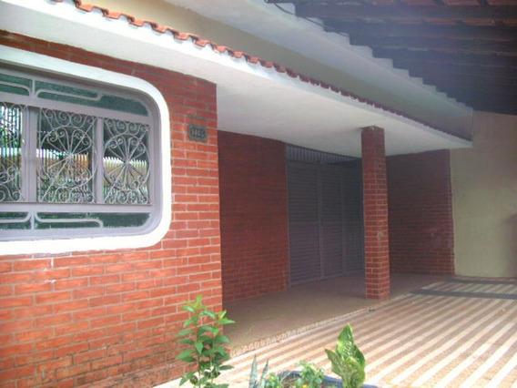 Casa - Ref: V2411