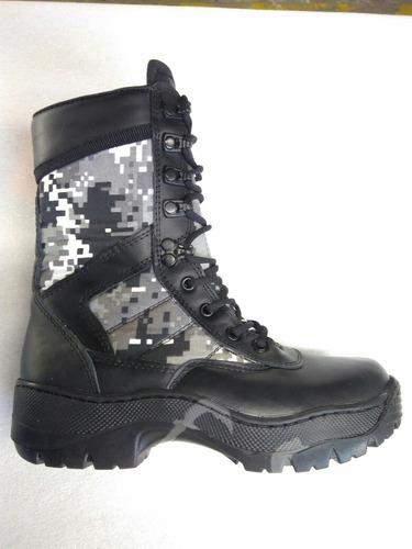 Bota Militar Táctica En Cuero Negro Y Lona Camuflada.