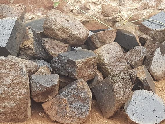 Piedra Natural Recinto Volcanico Negro Fachadas Decoracion