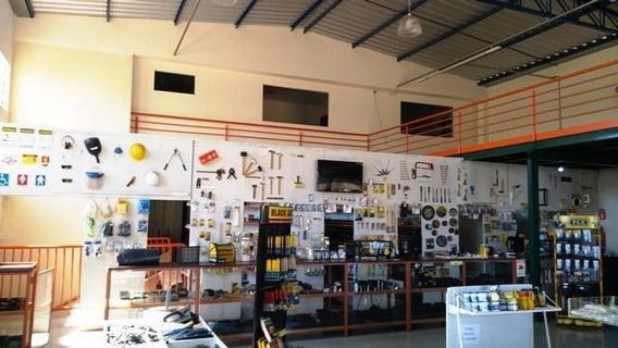 Comercial Para Venda Em Araras, Jardim Haise Maria, 4 Banheiros - V-163