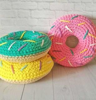 Almohadón Dona Crochet Decorativo Divino 40cm Relleno Guata