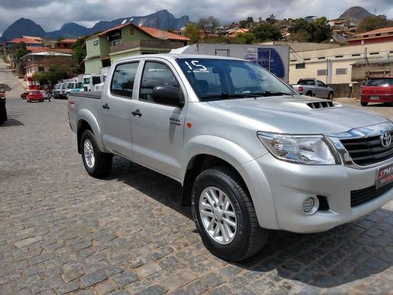 Toyota Hilux 3.0 Std Cab. Dupla 4x4 4p 2015