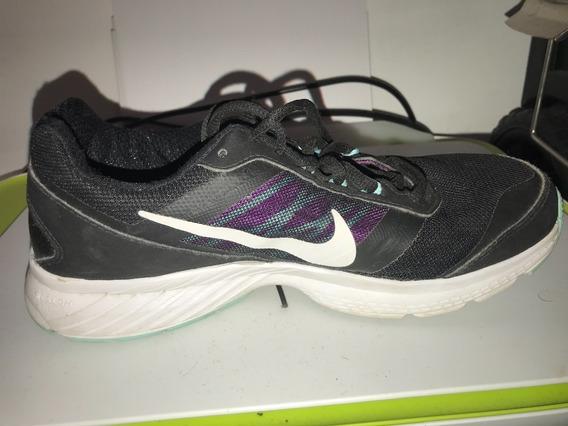 Tenis Negros Nike, Talla 7 Usa, Mx 24