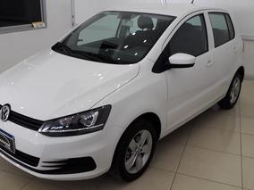 Volkswagen Fox 1.6 Comfortline 2017 25000km Blanco Financio