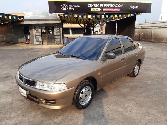 Mitsubishi Signo Sincronico 2008