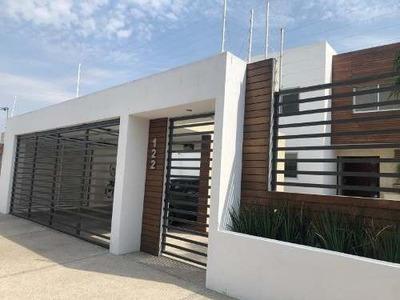 Casa Sola En Renta La Cañada Juriquilla (fracc.)