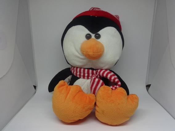 Pelúcia Pinguim Cachecol