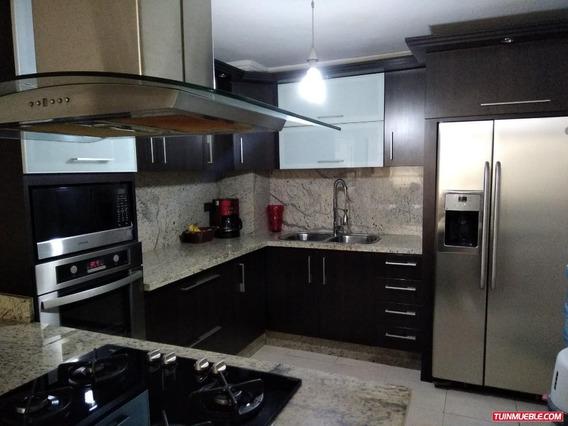 Apartamentos En Venta/placera/ Auristela R. 04243174616