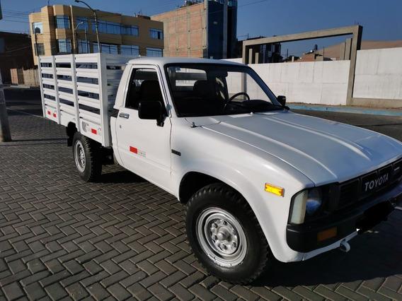 Vendo Camioneta Toyota Stout Año 92