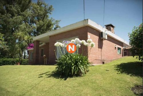 Casa En Venta En Pinares, 3 Dorm. Punta Del Este- Ref: 215642