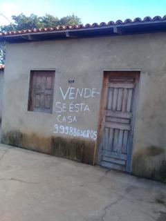 Casa Com 1 Quarto, 1 Banheiro, 1 Sala.