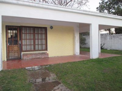 Vendo Muy Linda Casa A 3 De La Playa. Financio !!!