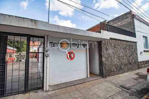 Casa En Venta En Colonia Centro, Av. Juarez, Upaep, Puebla