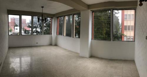 Imagen 1 de 9 de Apartamento En Renta En Zona 10 De 3 Habitaciones