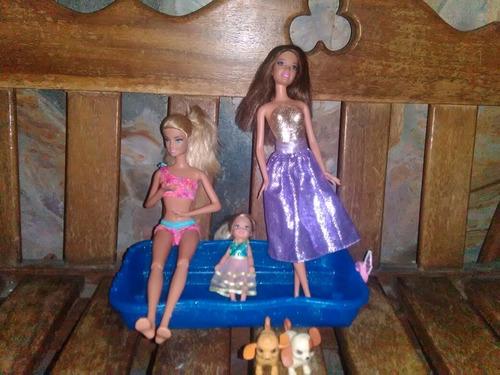 Imagen 1 de 5 de 02 Muñecas Barbie, 01 Chelsy ,piscina Con 2 Peritosnadadores