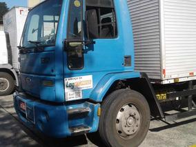 Caminhão Ford Cargo 1317 Toco Bau