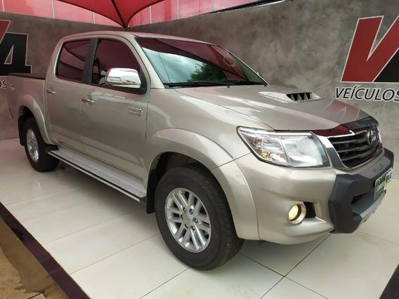 Toyota Hilux Srv 4x4 Aut