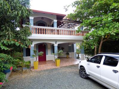 Esplendida Villa Amueblada En Alquiler Con Piscina