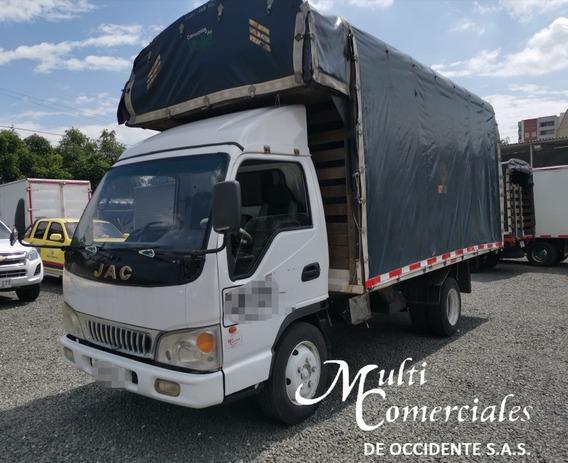 Jac 1045, 3.5 Ton, Modelo 2014, Estacas