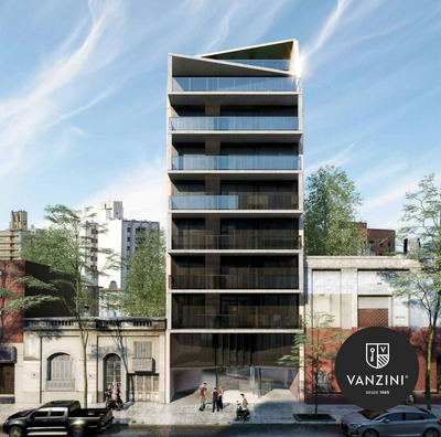 Local Comercial En Edificio De Diseño En Zona Rio