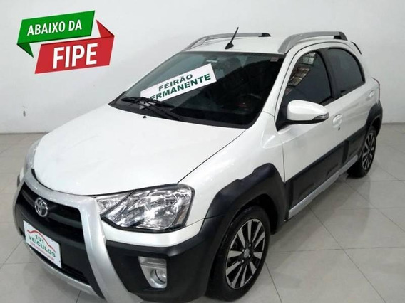 Etios Cross 1.5 (flex) (aut) 1.5 16v