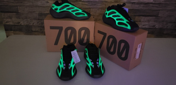 Tênis adidas Yeezy 700 V3 Alvah 40 Br - Glow Black Azael